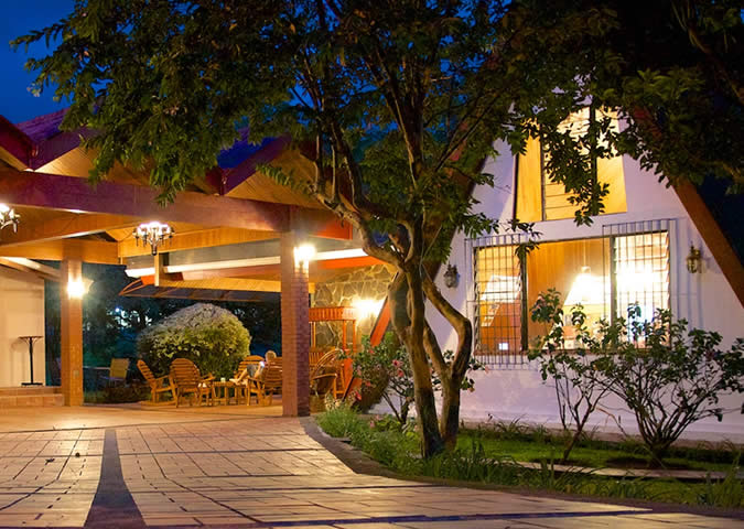 Recommended low budget accommodations in boquete panama for Hostal del rio talca